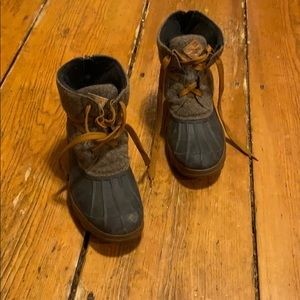 Sperry women's boots size 8 with wool rubber soles